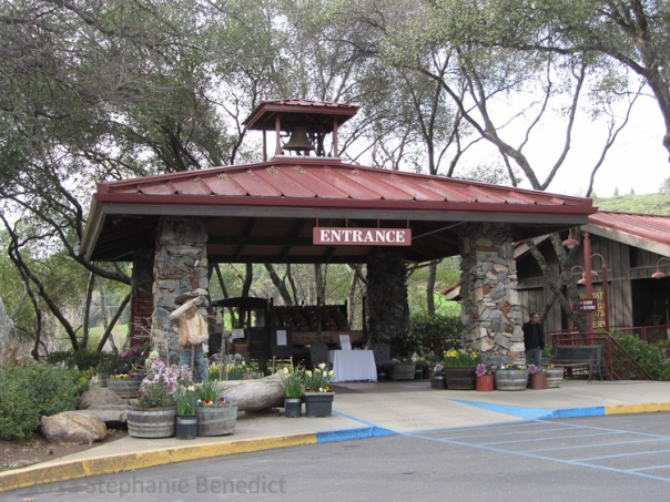 Ironstone Vineyards Entrance